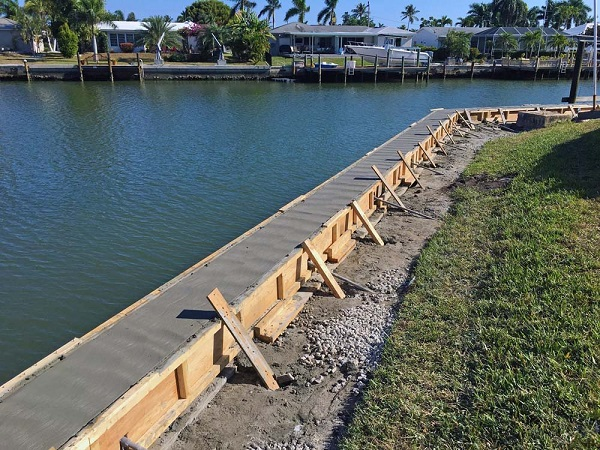 When to Seek Seawall Repair